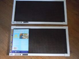 Adjustable Window Screen (perfect in an apartment/house with pets)