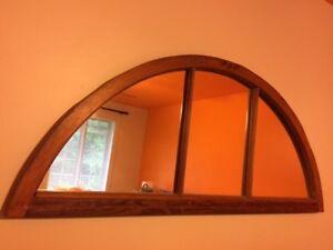 Miroir demi-lune, cadre en bois, antique