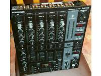 BEHRINGER DJX 750 PROFESSIONAL 5 CHANNEL DJ MIXER