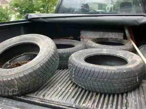 4 pneus 215 70 16