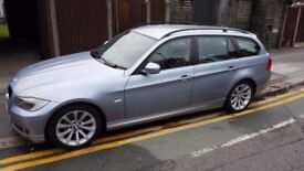2009 FACELIFT BMW 318i SE TOURING. FULL BMW SERVICE HISTORY LONG MOT PRIVATE PLATE