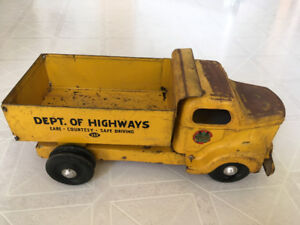 Rare MINNITOYS Dept. Of Highways 223 Dump Truck by OTACO Ltd.