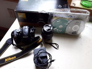 Nikon D3200- Excellent Condition