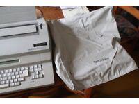 Brother CM-2000 electronic typewriter