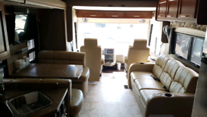 2014 Forest River Legacy 340BH Bunk House Diesel Motorhome Coach