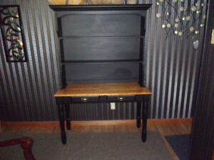 HALL TABLE WITH HUTCH 2 PIECE