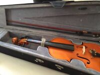 FULL SIZE Good Violin frame broken strings and bow