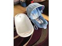 Boys baby bouncer &a bath