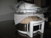 Halogen oven. Andrew James 12 litre 1400W with hinged lid.