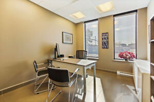 Office Space starting at $50 per month / Bureaux à Louer.