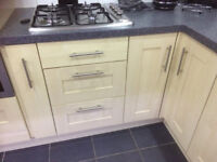 Maple Contempory Shaker Style Kitchen Cupboard Doors and Drawer Fronts incl handles