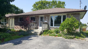 OPEN HOUSE STIRLING - SAT AUG 12 1-3pm - 14 GORDON