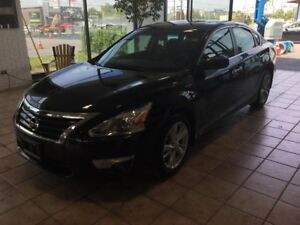 2014 Nissan Altima 2.5 SV BLUETOOTH! PUSH TO START! SUNROOF!...