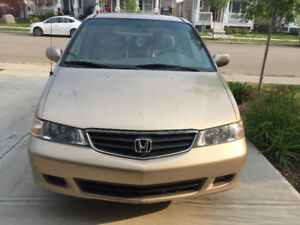 2002 Honda Odyssey EXL Van for a quick sale