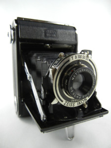 Zeiss Ikon Nettar 515 Camera