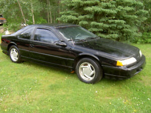 1993 Ford Thunderbird SuperCoupe (2 door)