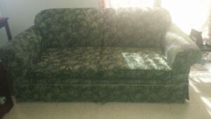 Pullout sofa bed 75$ or best offer