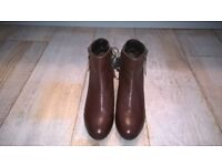 BROWN LEATHER UPPERS ANKLE BOOTS SIZE 6- NEW WITH LABLES