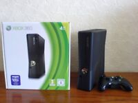 Xbox 360 elite 250gb x 2 pads and games