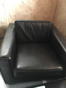 Faux leather chair X2