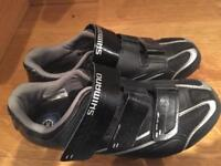Shimano bike shoes with cletes