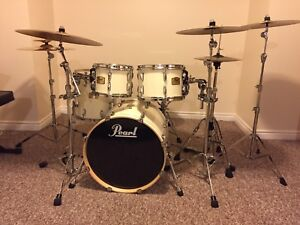 Pearl Session Studio Classic Drum Kit w/ Cymbal Stands