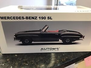 1:18 scale diecast Mercedes-Benz 190 SL