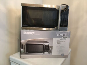 """Danny Microwave in """"like new"""" condition."""