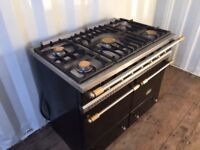 Lacanche Cluny Range Cooker in Black. RRP £4000