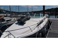 Rinker fiesta vee 235 4 berth sports boat and trailer