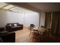 Lovely, 3-Bedroom flat in Stretham Hill, Only £480.00pw !!