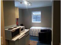 SW1 Self Contained Single Studio Close to Pimlico Station