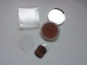 Red Earth 'Endless Summer' Bronzer *Brand New*