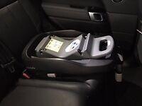 Maxi-Cosi FamilyFix Car Seat Base (excellent condition)