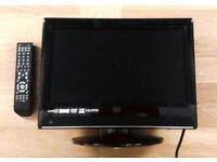 "Currys 15"" HD Ready Digital LCD TV (with integrated DVD Player and Freeview Box)"