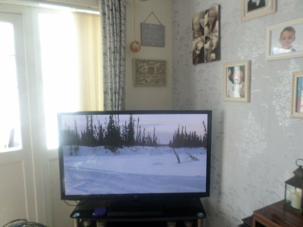 """plasma 49"""" tvin Norwich, NorfolkGumtree - plasma 49"""" tv good condition working ok ,selling because we r updating our tv 07777608523"""