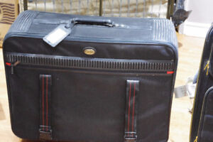 Large luggage case