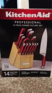 KitchenAid Professional 14 Piece Knife set