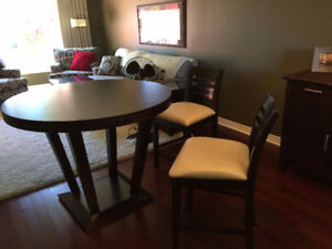 Pub Height Dining Room Table & 4 Chairs