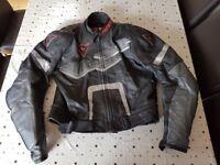 ***FANTASTIC - 2 Piece - DAINESE Motorbike Leathers***
