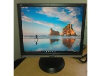 "19"" ViewSonic LCD monitor for PC / Laptop / CCTV SECURITY CAMERA - GOOD CONDITION - DELIVERY"