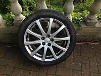 17 inch avensis alloy wheel good condtion