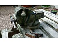 Record no3 bench vice with swivel action