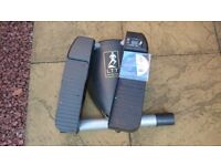 Lateral Thigh Trainer