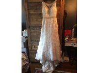 Justin Alexander 8853 Wedding Dress worn once excellent condition