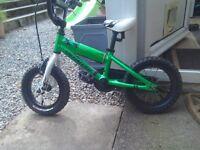 Boys bike, 12 inch wheels, specialized.vgc