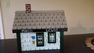 Maud Lewis painted bird house