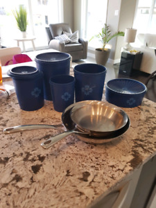Pans and Tupperware for sale