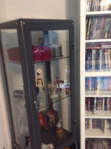 RETRO looking display cabinet ALl offers considered MOVING