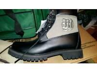 Boots men size 9